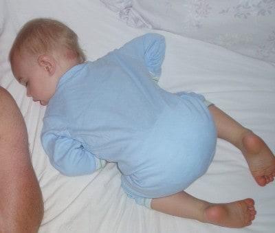 L sleeping 2