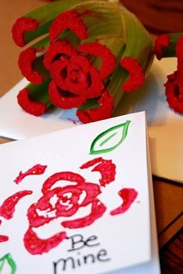DagmarBleasdale.com: 10 Easy Valentine's Day Crafts For Kids http://www.dagmarbleasdale.com/2012/01/10-cute-and-easy-valentines-day-cards-and-crafts-for-kids/