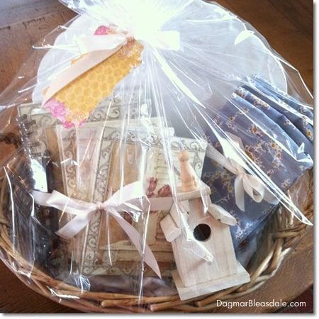 Dagmar's Home Decor gift basket