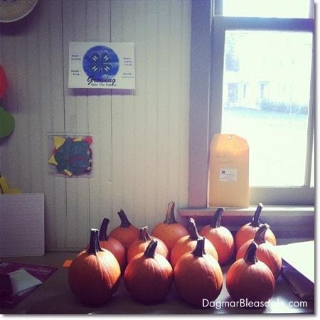 pumpkin craft at 4-H