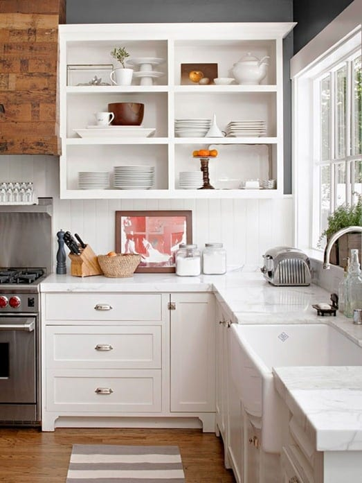 My dream home 10 open shelving ideas for the kitchen for Open shelving kitchen ideas