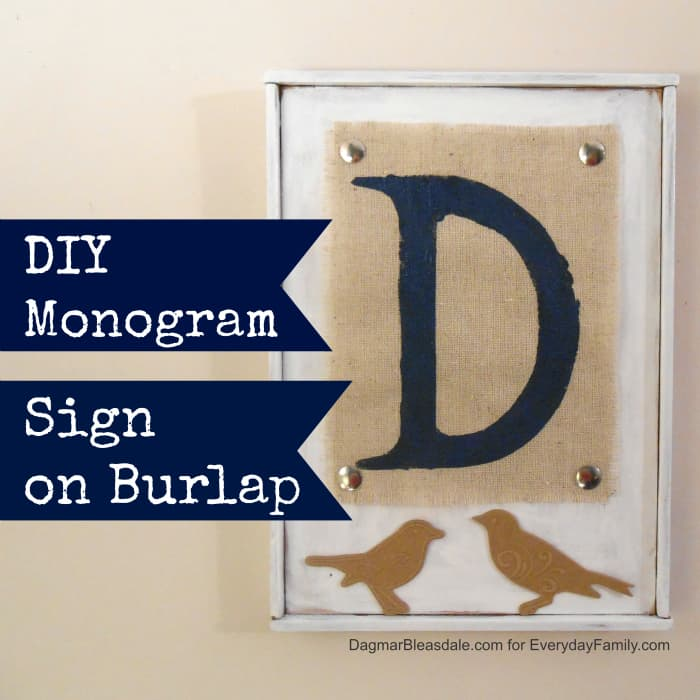 2 DIY Projects With Burlap: Flowers and Monogram Sign