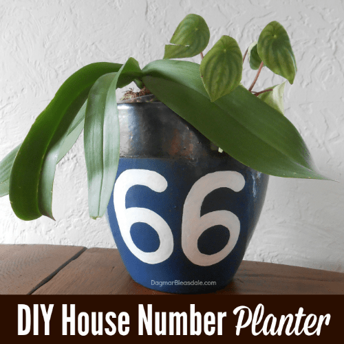 DIY house number planter, DagmarBleasdale.com
