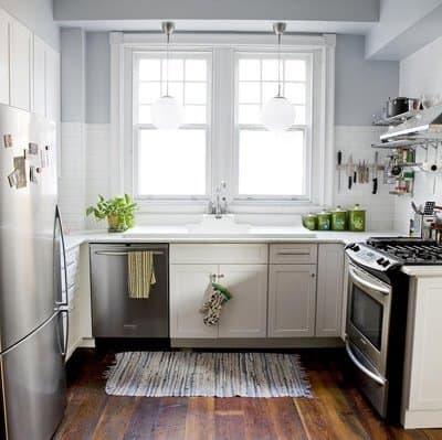 white kitchen, stainless steel