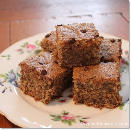 Recipe: Healthy Almond Cake With Chia Seeds