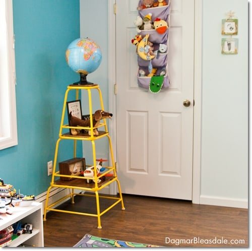 turquise room, boy's room