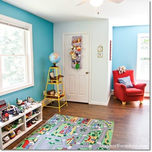 turquise room