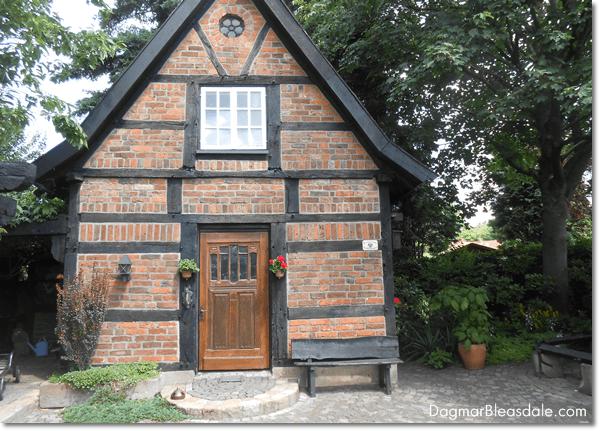 antique tiny house farmhouse, DagmarBleasdale.com