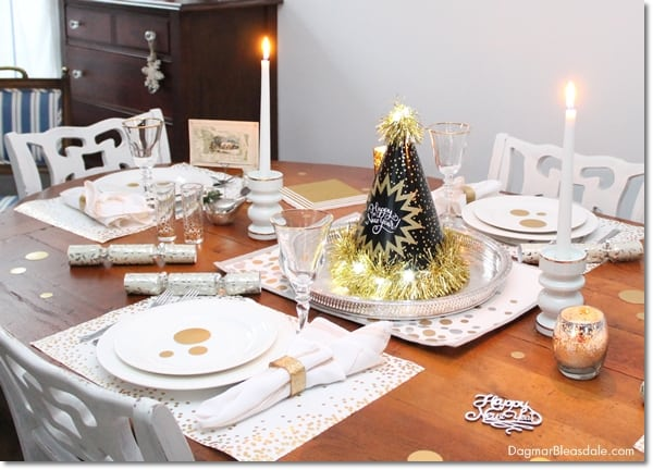 Frugal New Year's Eve Tablescape