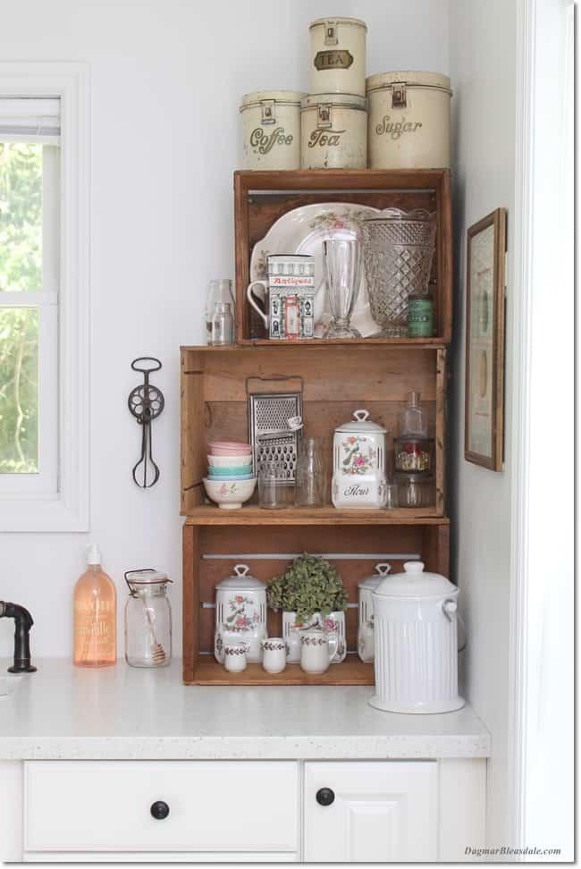 farmhouse kitchen with vintage crates, DagmarBleasdale.com