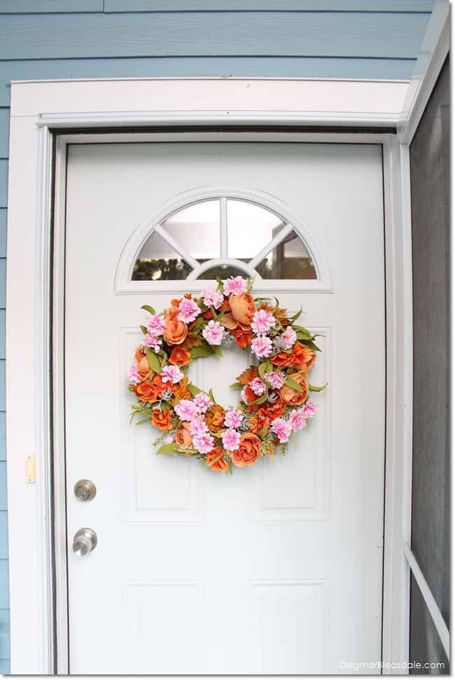 DIY fall wreath on front door, DagmarBleasdale.com