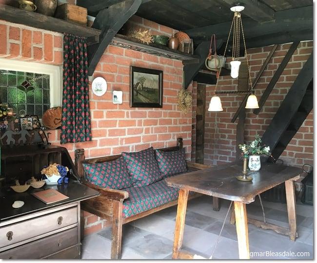 vintage tiny house kitchen, DagmarBleasdale.com