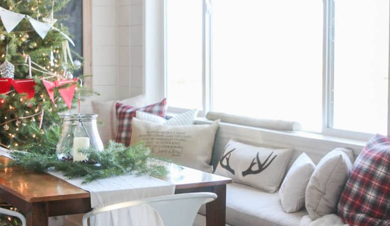 7 Fabulous Farmhouse Christmas Home Tours to Be Inspired By