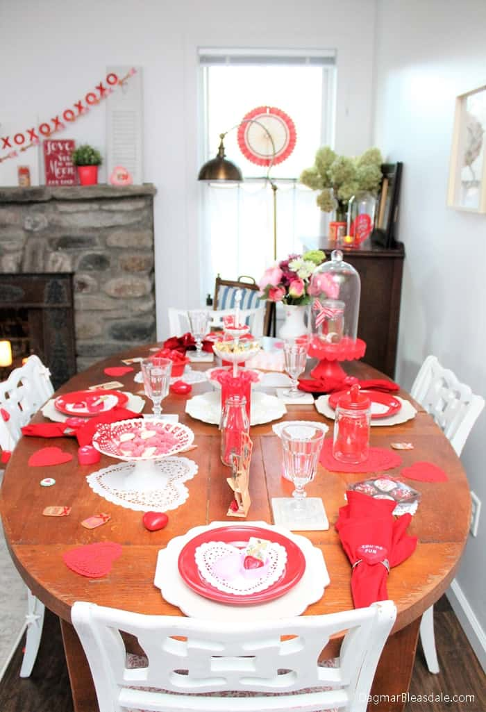 DIY Valentine's Day tablescape with heart-shaped doilies, DagmarBleasdale.com