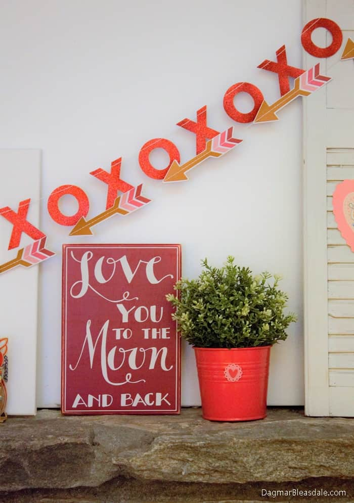 DIY Valentine's Day mantel, DagmarBleasdale.com