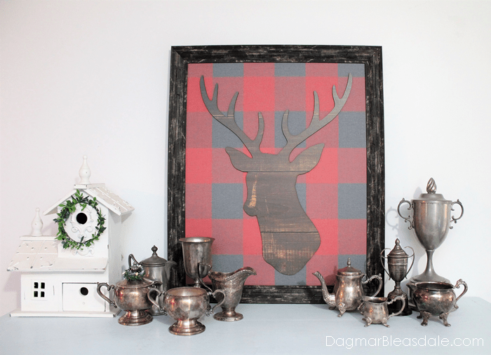 deer and buffalo plaid picture