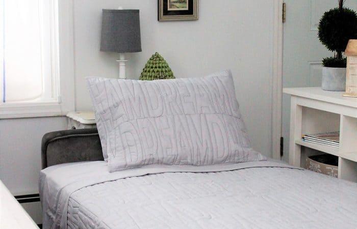 Novogratz Vintage Tufted Sleeper Sofa and Sleeper Sofa Sheet Set Giveaway