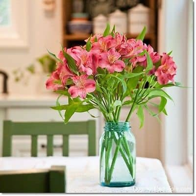 7 Easy Ways to Decorate With Mason Jars